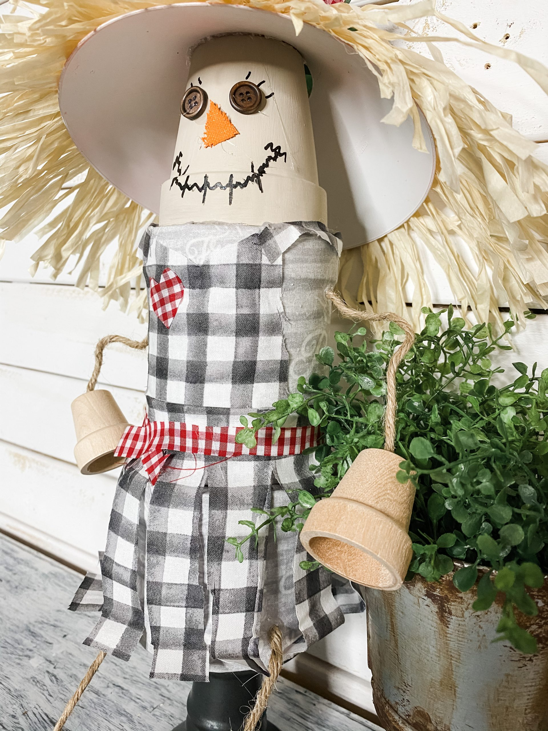 easy diy scarecrow shelf sitter