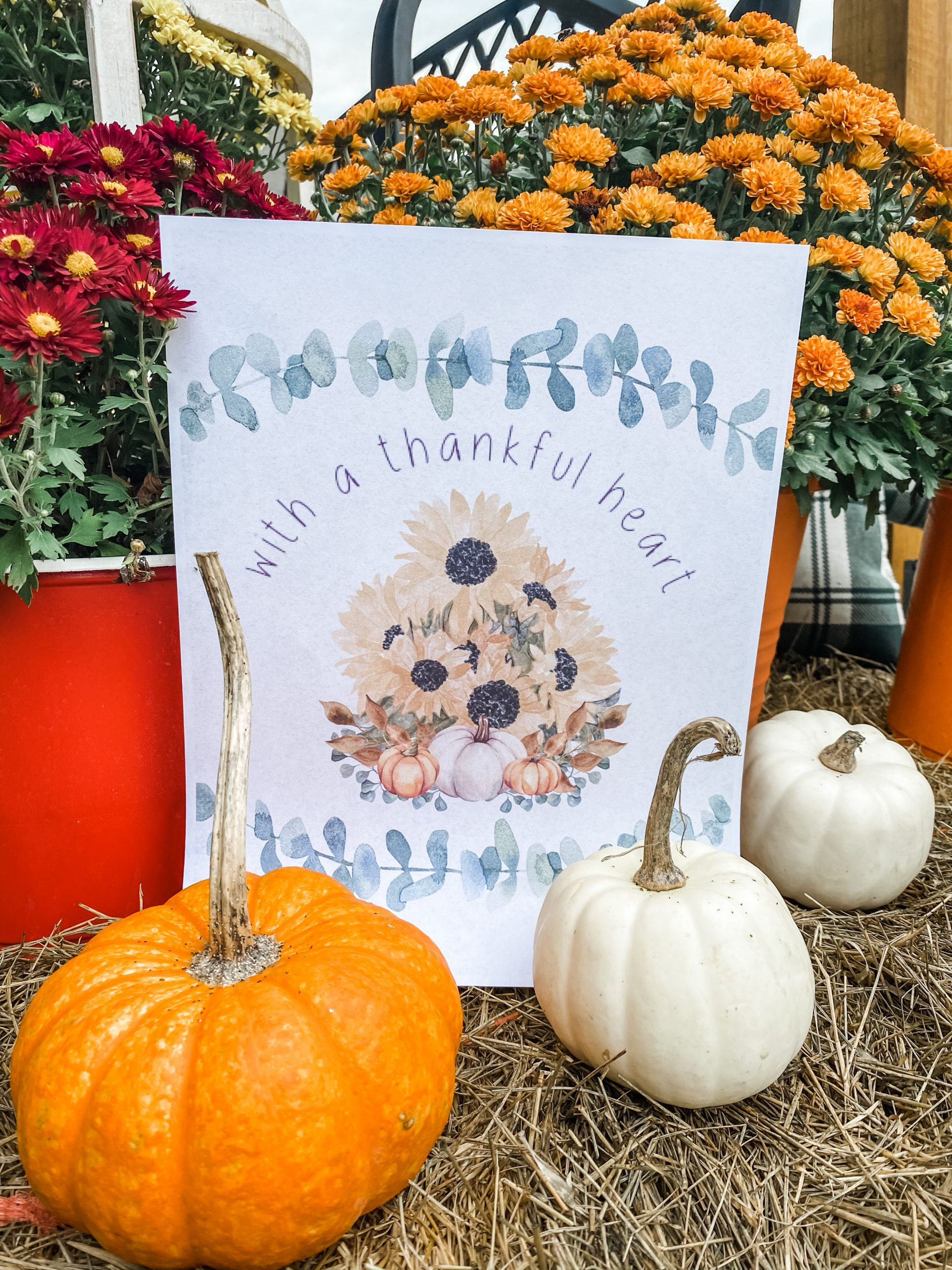 Friendsgiving Free Printables with a thankful heart sunflower