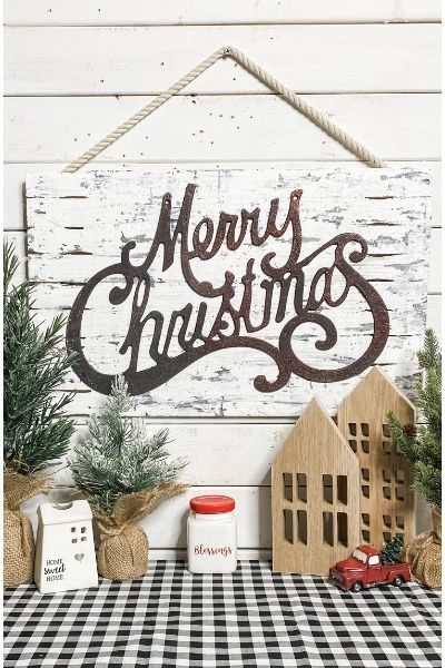 Chippy Christmas Decor DIY
