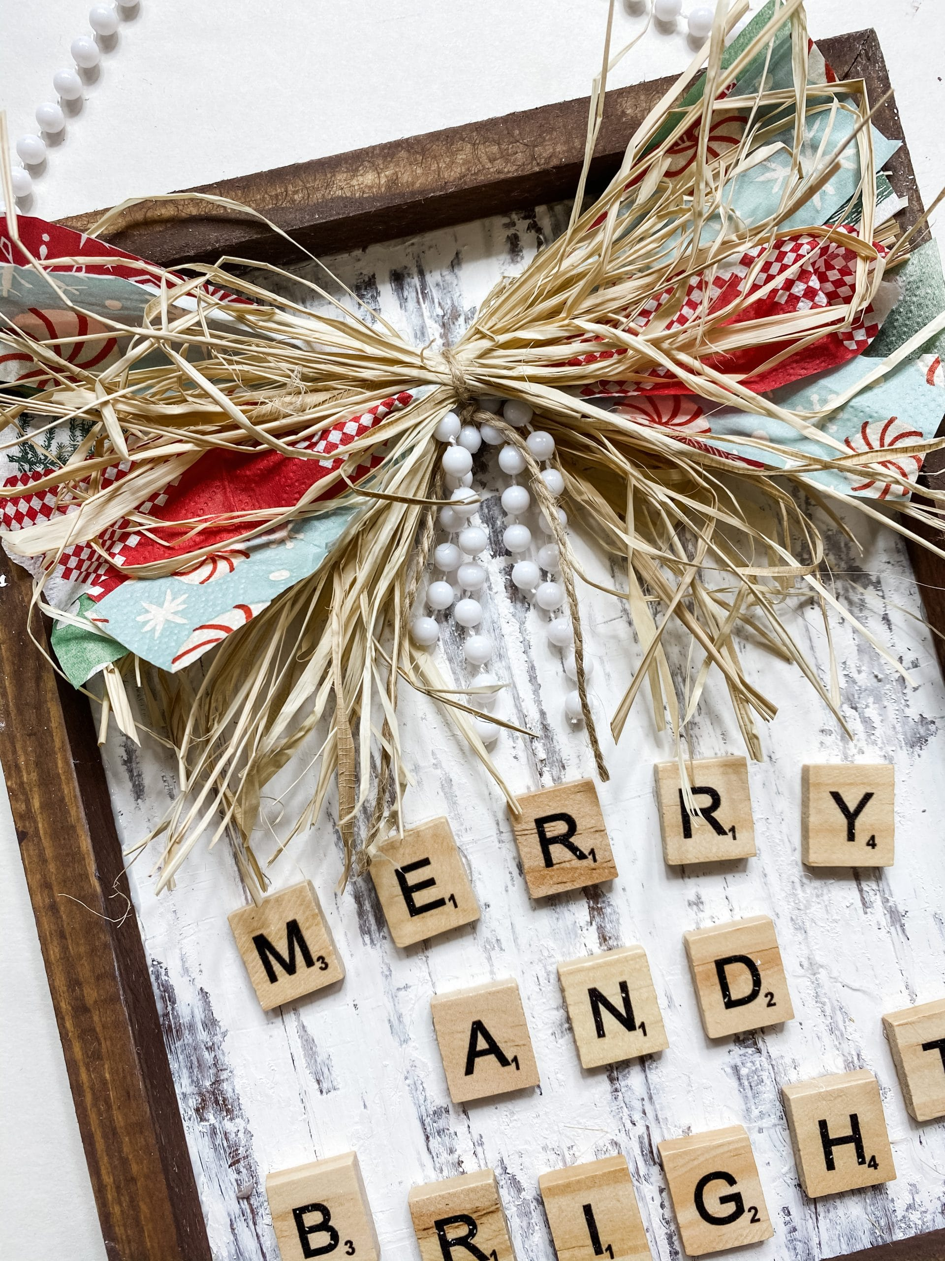 Farmhouse Christmas Sign with Changeable Napkin Bow