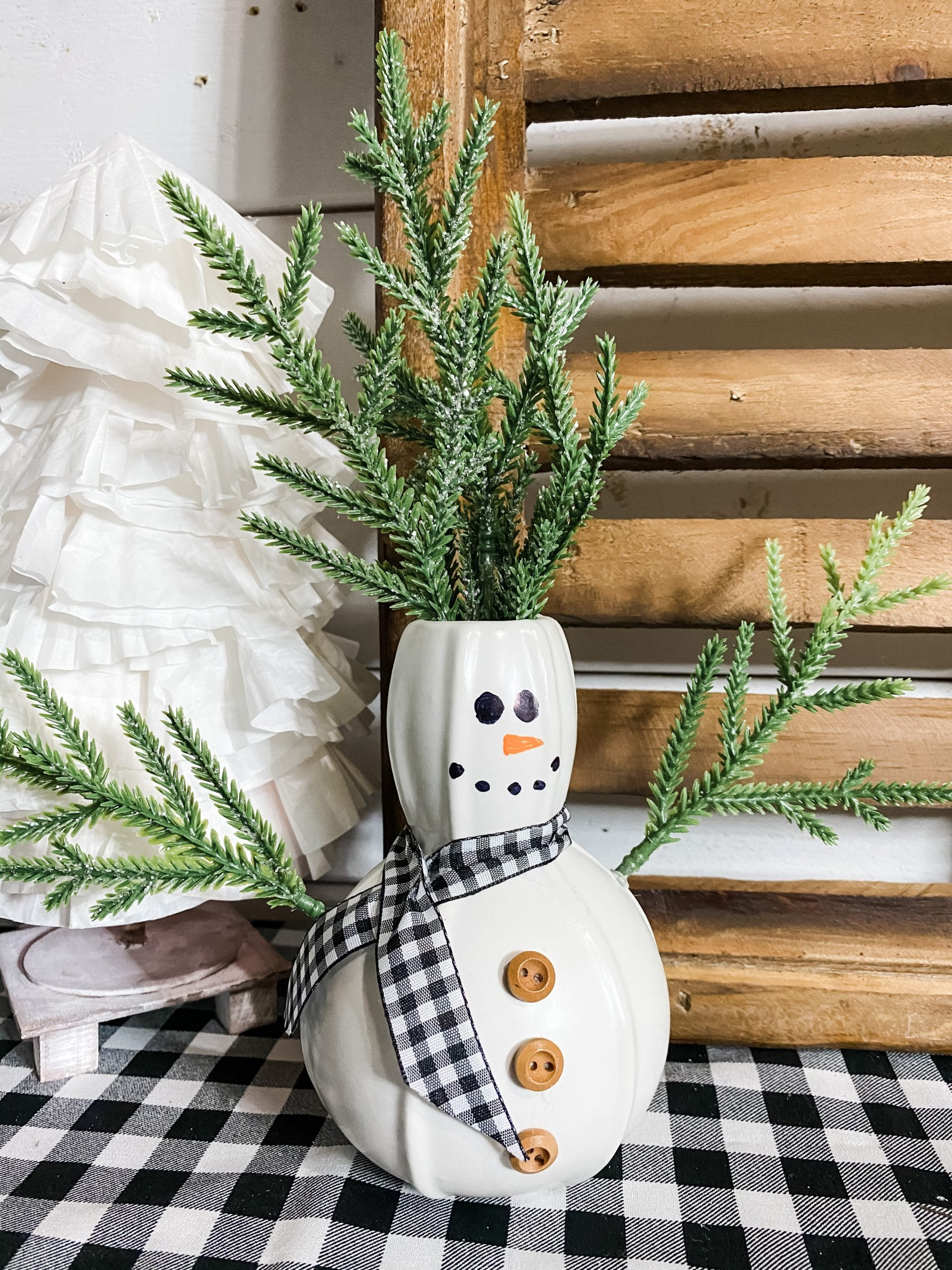 Dollar Tree Vase DIY Christmas Snowman