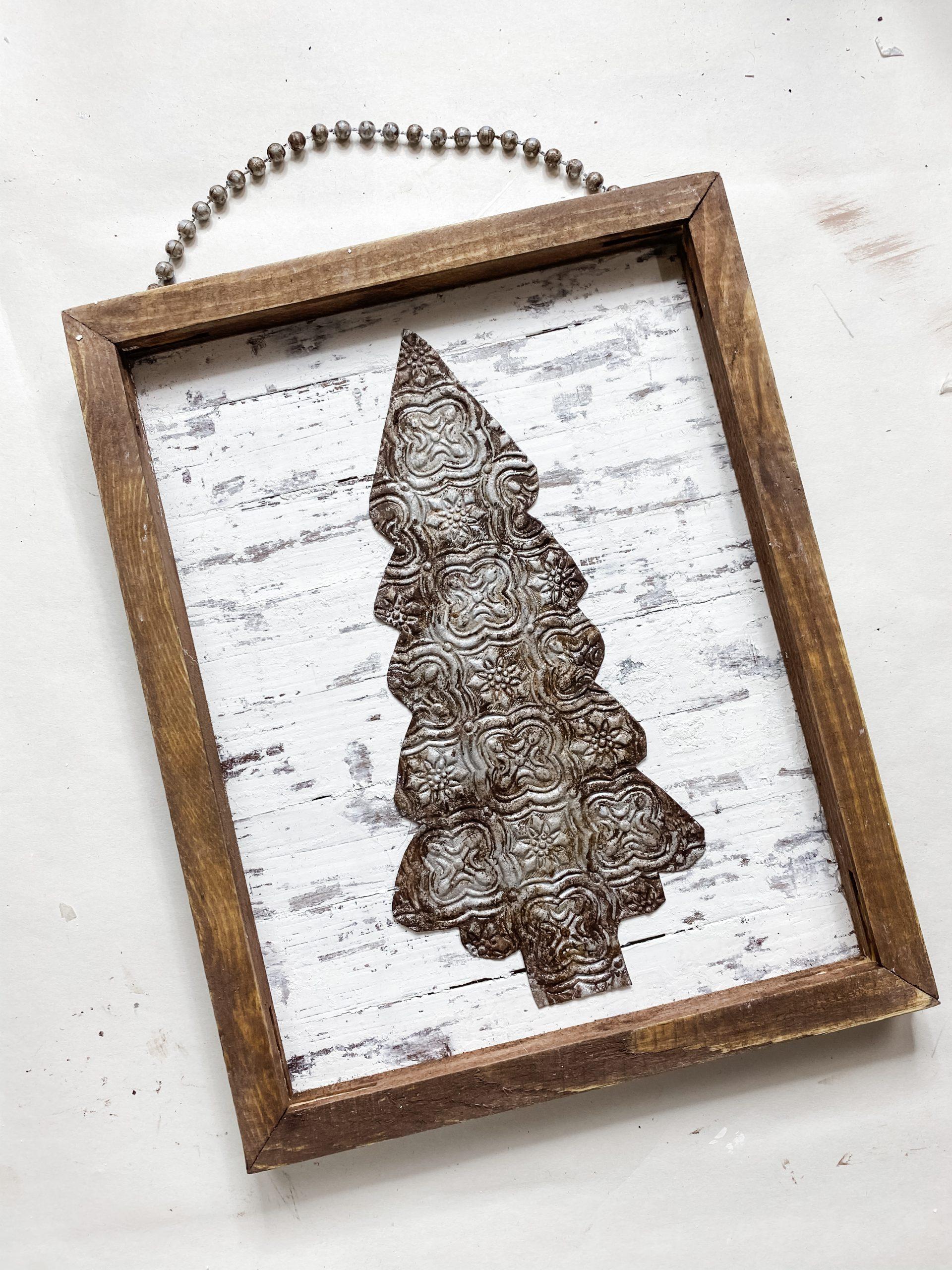 DIY Faux Rust Finish Scrapbook Paper Christmas Tree Sign