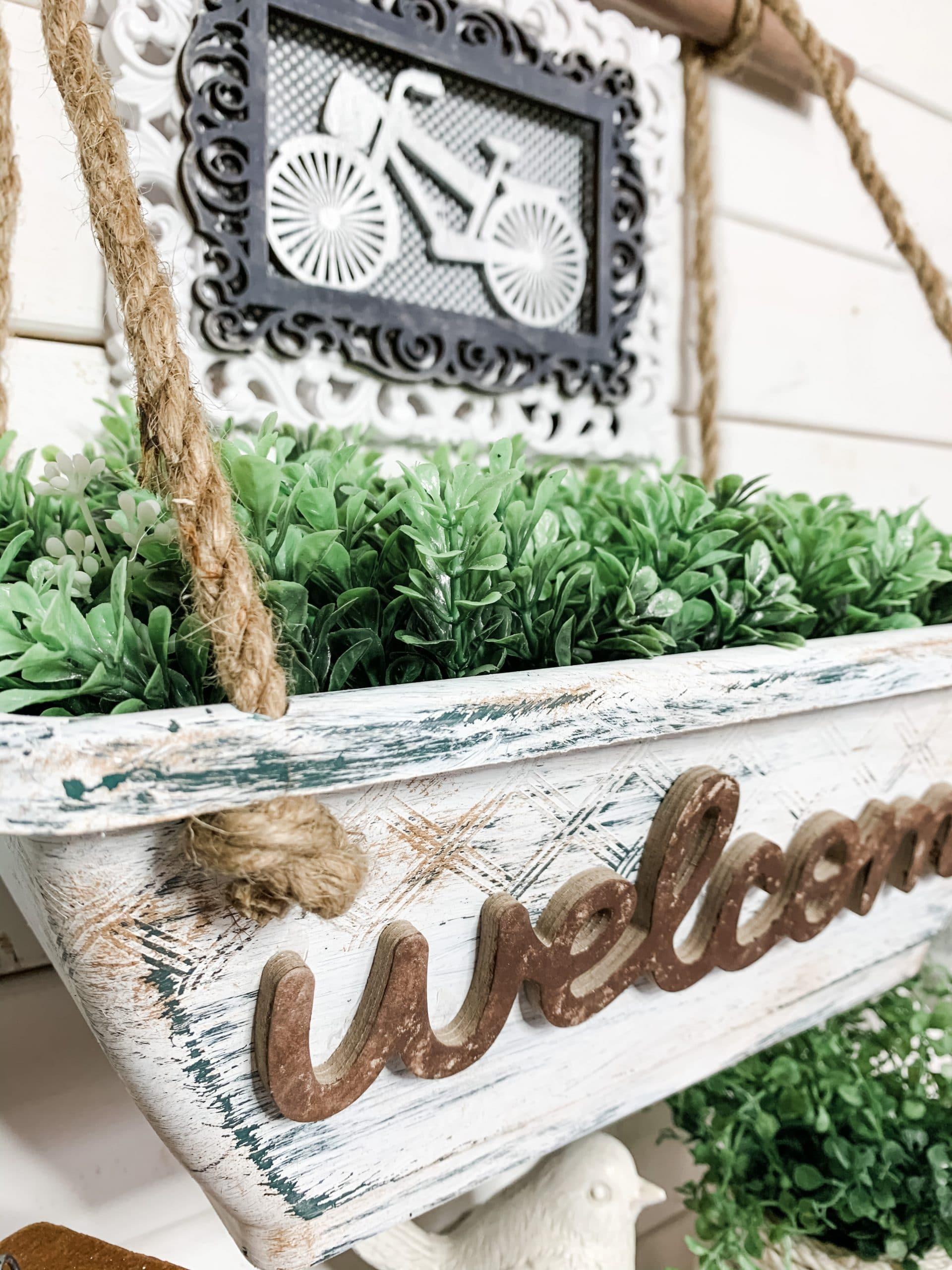 DIY Farmhouse Hanging Planter