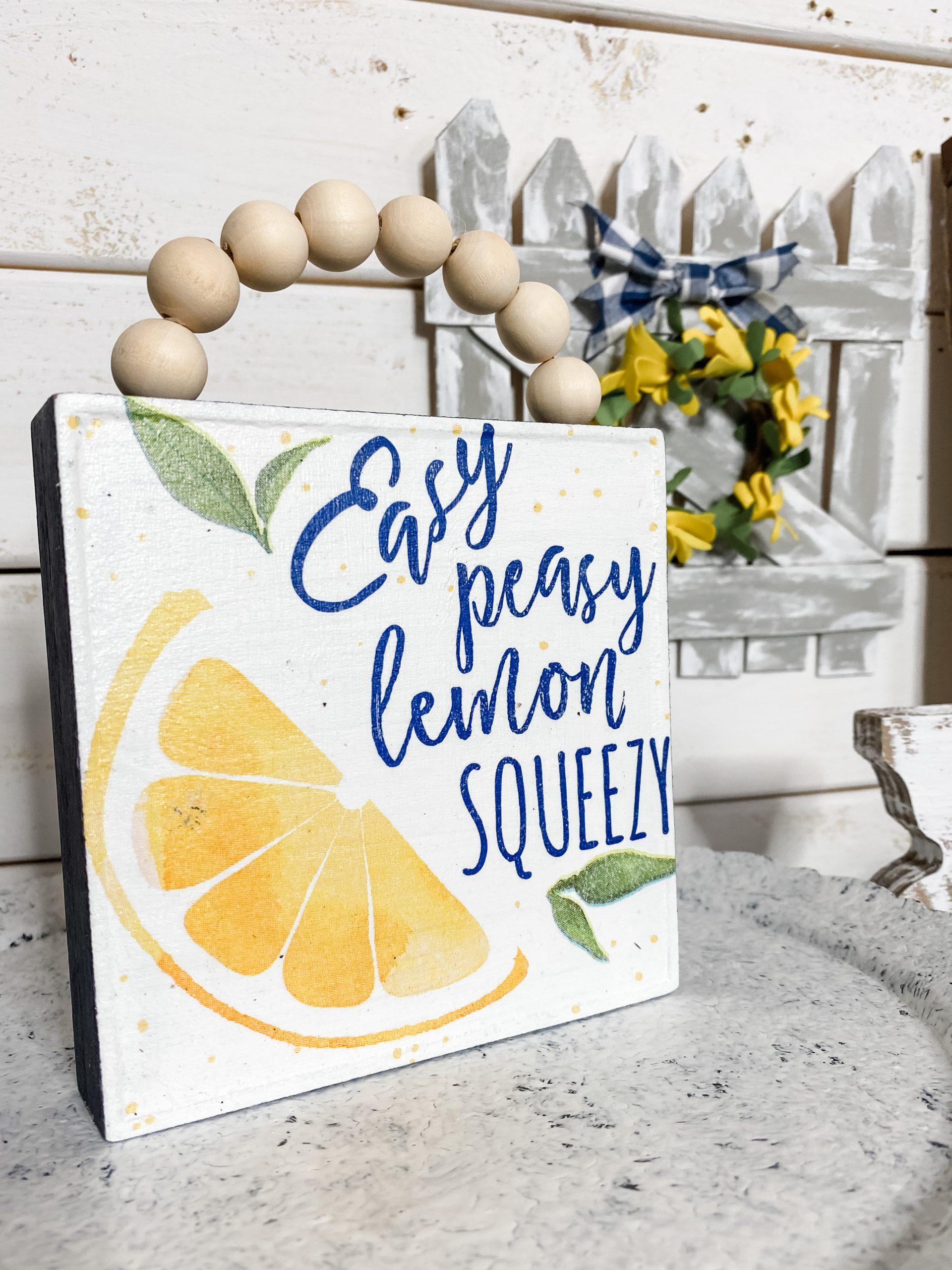 Easy Peasy Lemon Squeezy Napkin DIY Decor