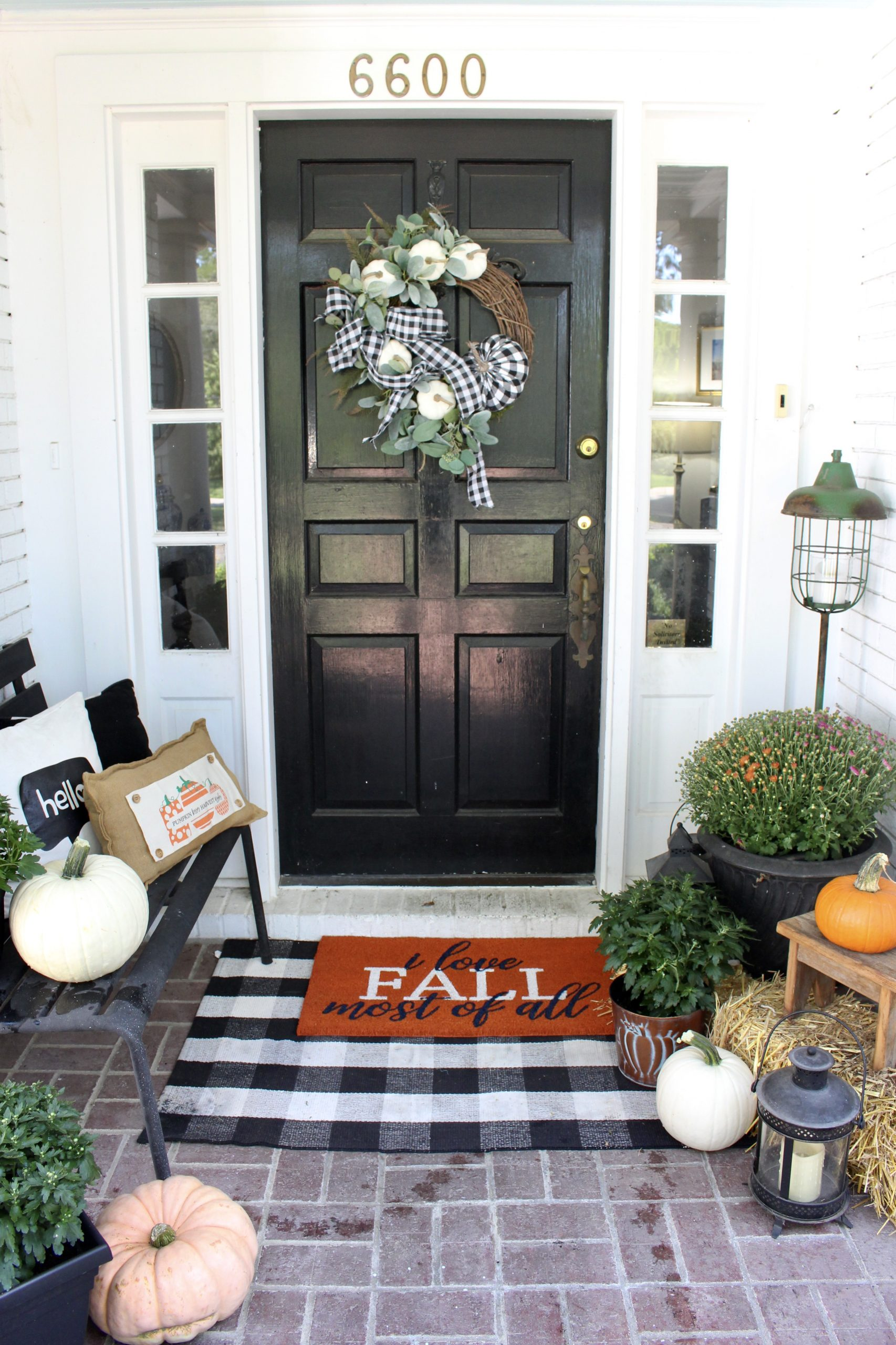 Front Porch and Outdoor Fall Decor Ideas