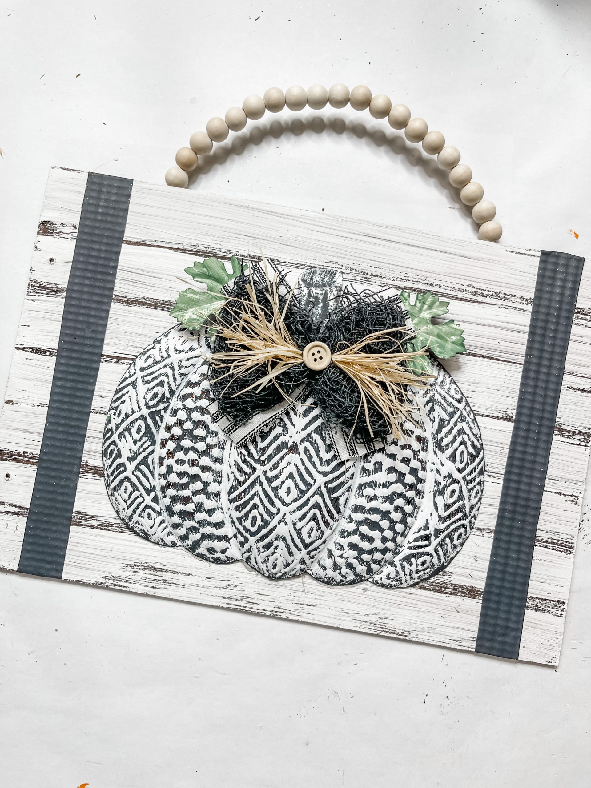 Black and White Fall Pumpkin Sign