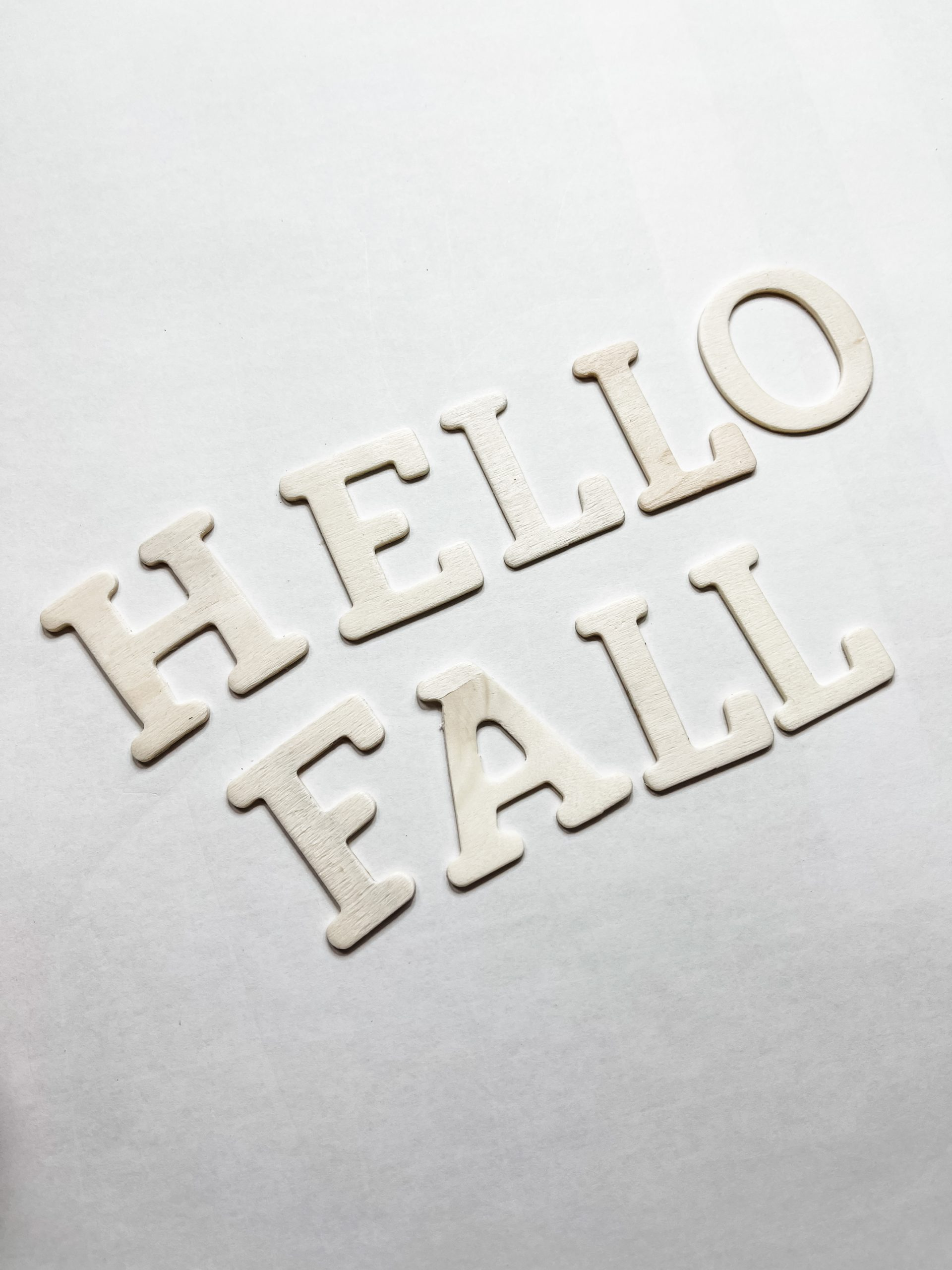 DIY Hello Fall Sign